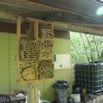 úlky pro samotářské včelky
